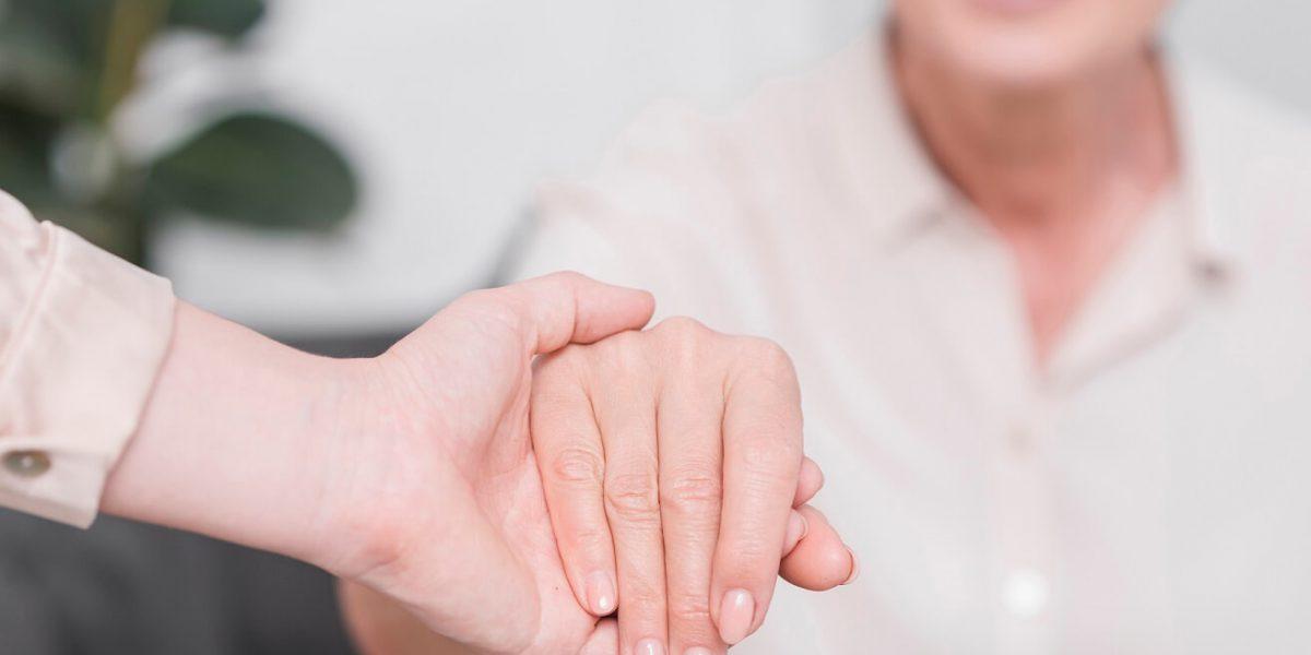 La doble responsabilidad de la persona: consigo misma y frente a los demás